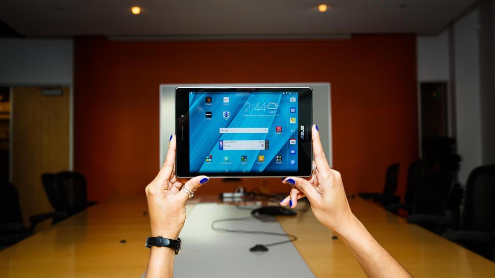 Игровой планшет. ASUS ZenPad S 8.0