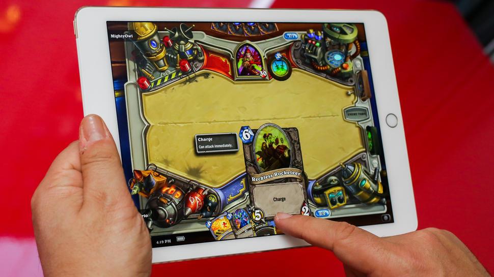 Игровой планшет. Apple iPad Air 2