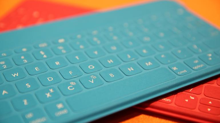 Клавиатура для iPad. Logitech Keys to Go