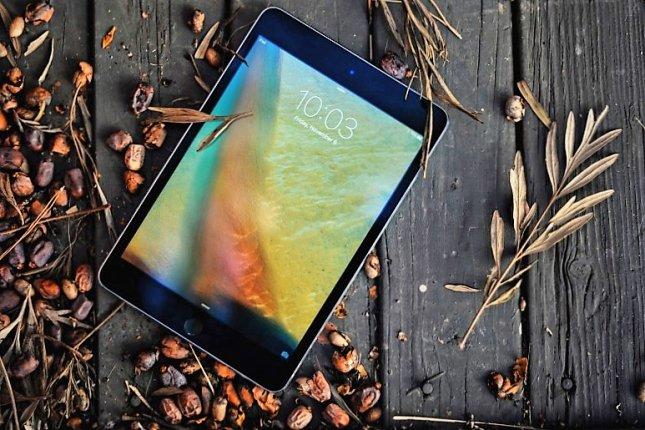 Лучший планшет года - iPad Mini 4