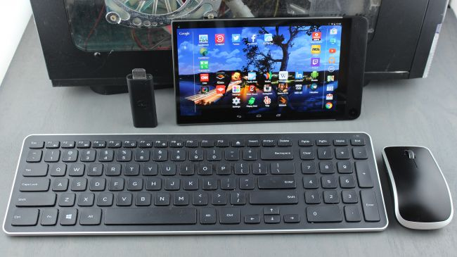 Dell Venue 8 7000 с клавиатурой и мышкой