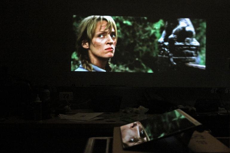 Кинотеатр с помощью Yoga Tablet 2 Pro.06