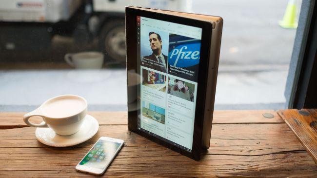 Лучшие планшеты 2 в 1 - Lenovo Yoga 900