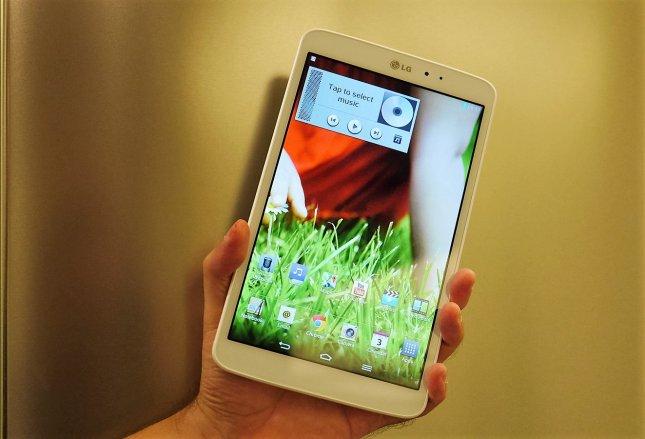 Дешевый планшет LG G Pad 8.3