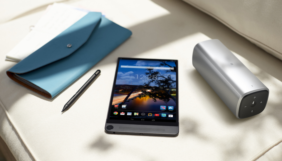 Android-планшет Dell Venue 8 7000