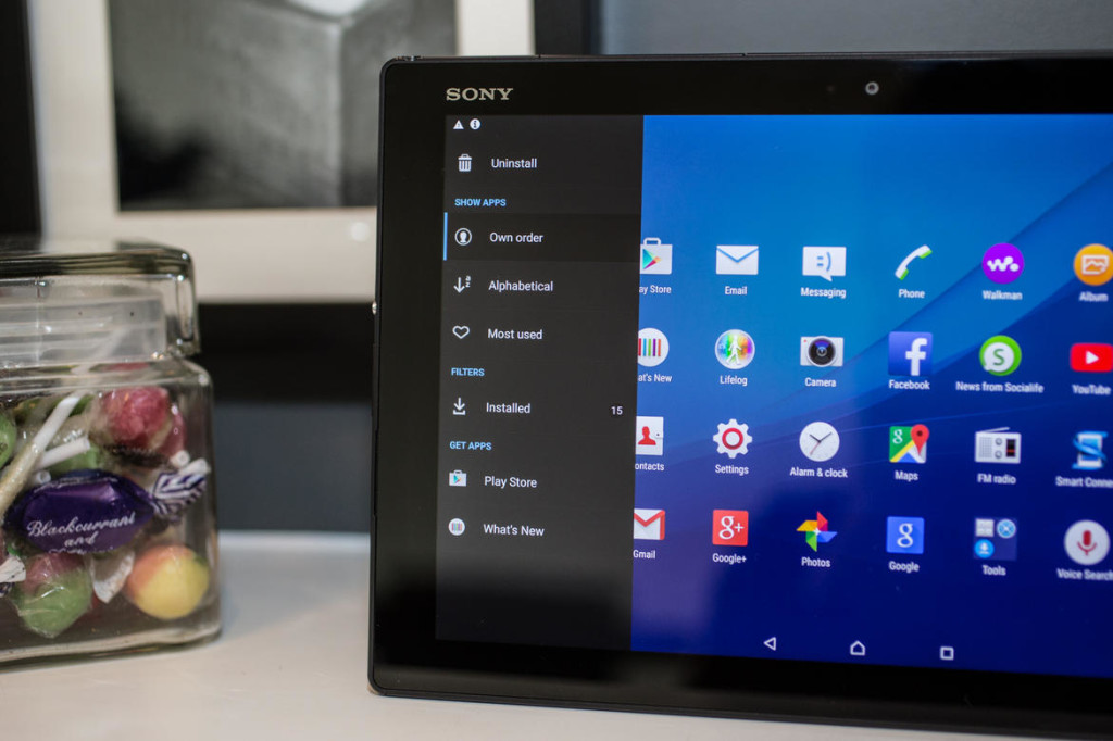 Android-планшет Sony Xperia Z4 Tablet