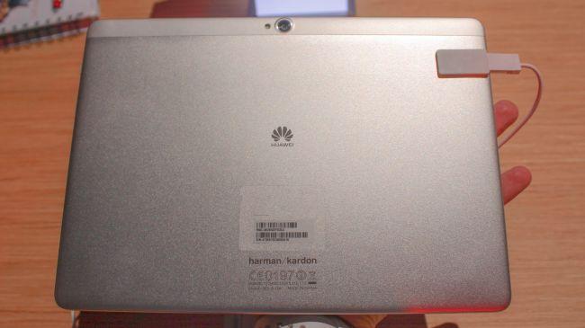 Планшет Huawei MediaPad M2