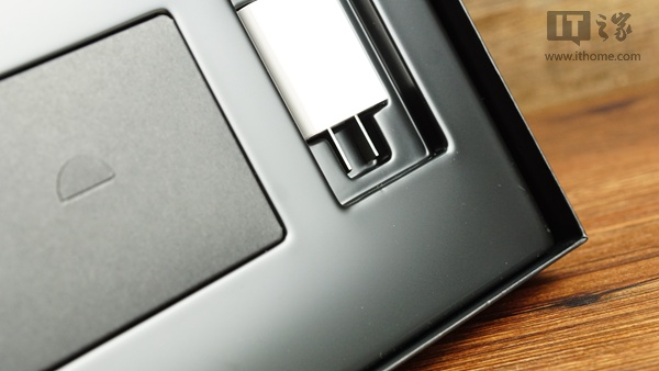 Huawei MediaPad M2 10.0 LTE. Распаковка