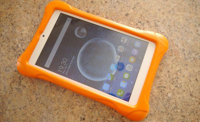 Детский планшет Alcatel Family Bundle