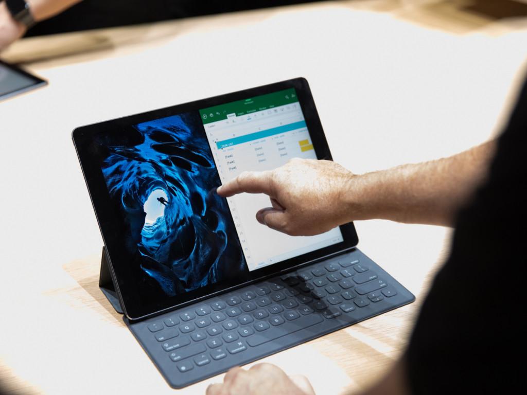 Планшет с клавиатурой - Apple iPad Pro