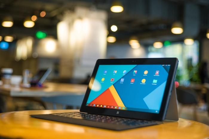 Планшет с клавиатурой - Jide Remix Ultra Tablet