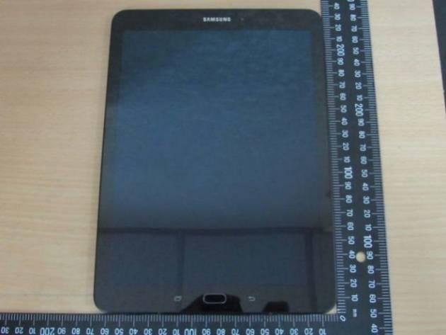 Фотографии Samsung Galaxy Tab S3 9.6
