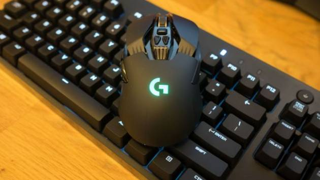 Игровая мышка Logitech G900 Chaos Spectrum