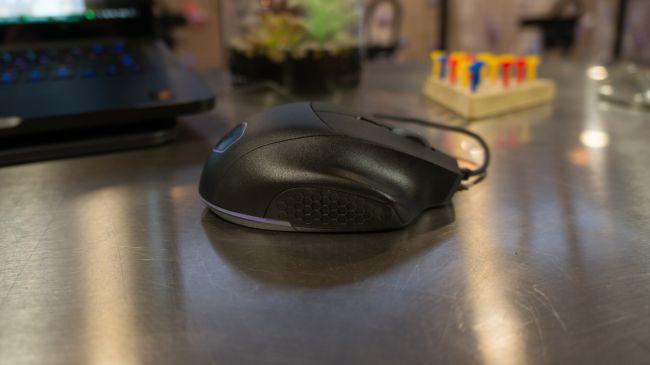 Лучшая игровая мышь - Cooler Master MasterMouse MM520