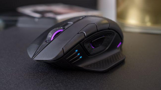 Лучшая игровая мышь - Corsair Dark Core RGB SE
