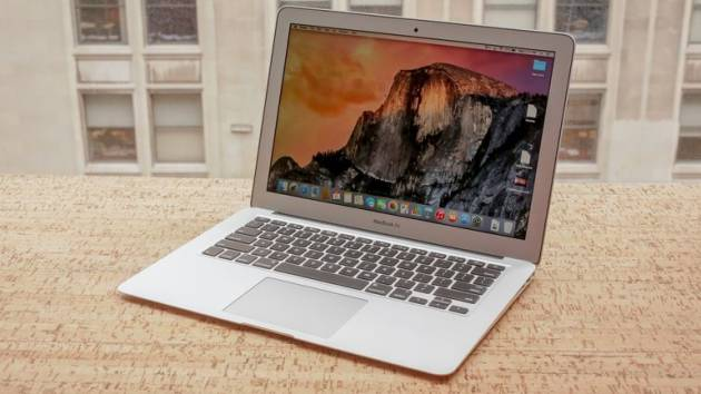 Лучший ноутбук для учебы - Apple MacBook Air 13