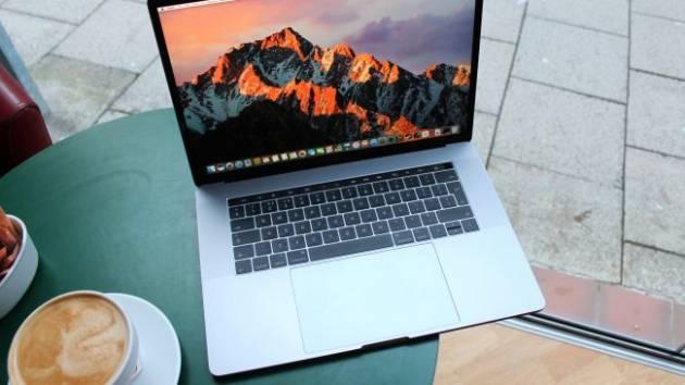 Лучший ноутбук 2017 - MacBook Pro 15 (2016)