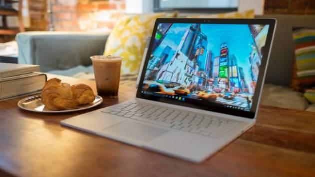 Лучший ноутбук 2017 - Surface Book