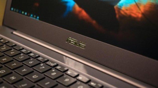 Ноутбук ASUS ZenBook UX305