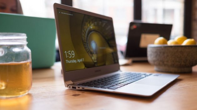 Ноутбук Samsung Notebook 9-04