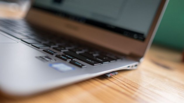 Ноутбук Samsung Notebook 9-05