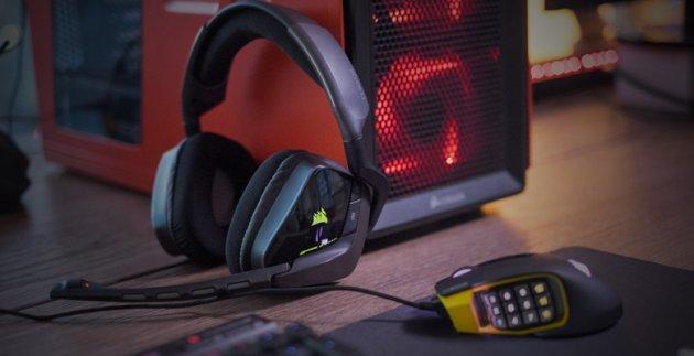 Игровая гарнитура Corsair Void RGB
