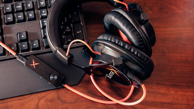 Игровая гарнитура Creative Sound BlasterX H7 Tournament Edition