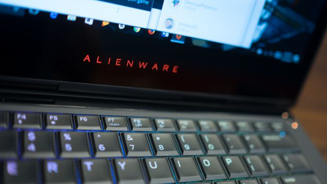 Игровой ноутбук Alienware 13 R3