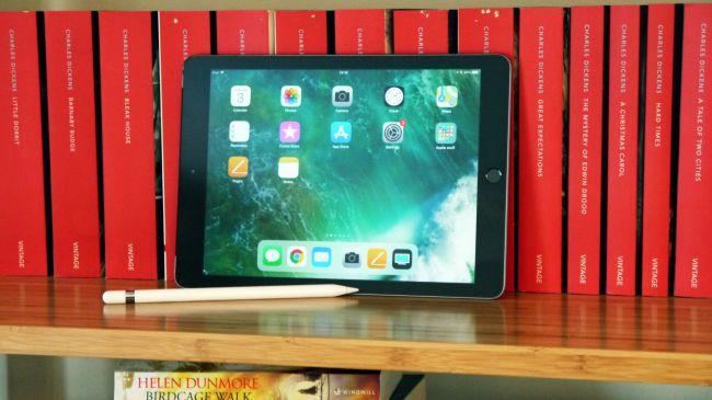 Лучший iPad - iPad 9.7 (2018)