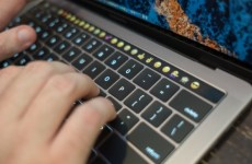 Apple MacBook Pro 13 Touch Bar (Mid 2017)