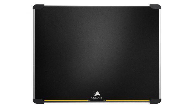 Лучший игровой коврик - Corsair MM600