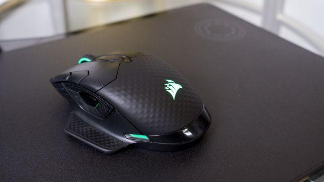 Беспроводная мышь Corsair Dark Core RGB SE