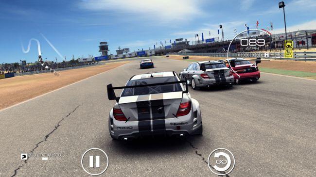 Игры на iPad - Grid Autosport