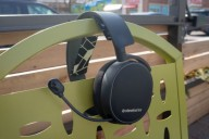 Наушники SteelSeries Arctis 3 Bluetooth