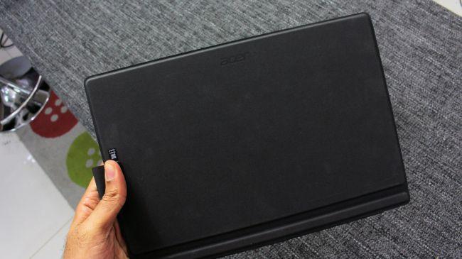 Планшет Acer Switch 5