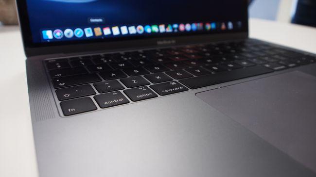 Ноутбук MacBook Air (2018)