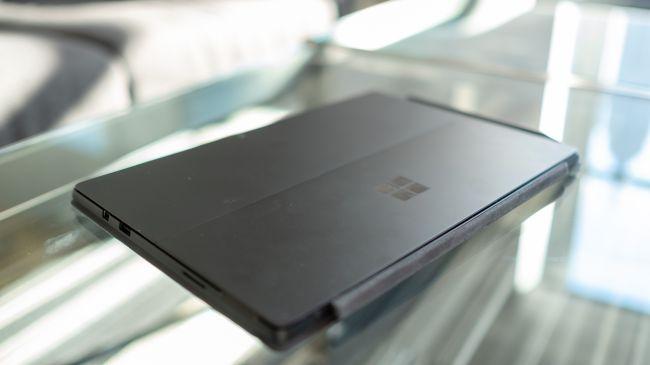 Планшет Microsoft Surface Pro 6