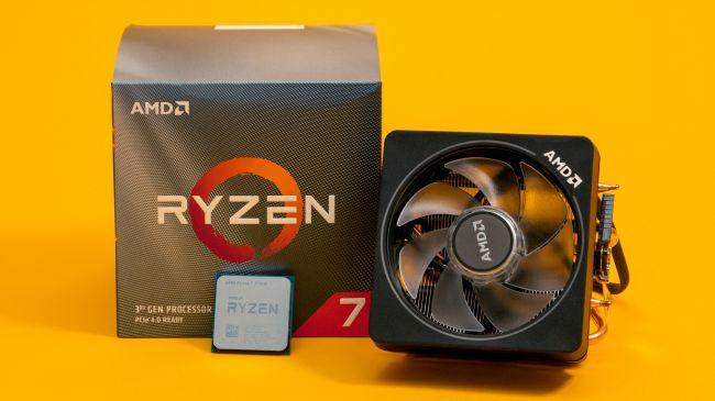 Коробка, процессор и кулер AMD Ryzen 7 3700X