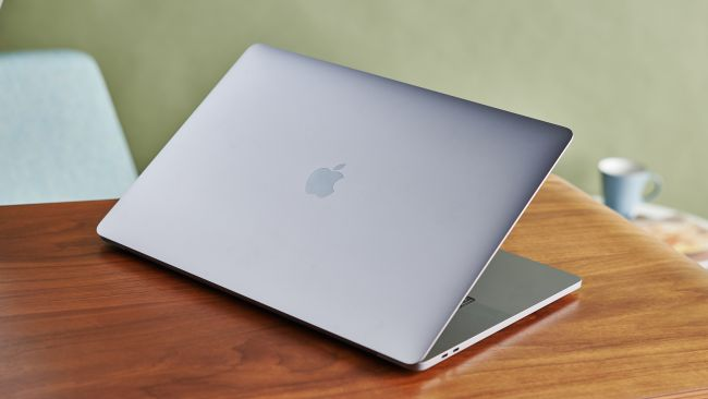 Apple MacBook Pro 16 (2019)