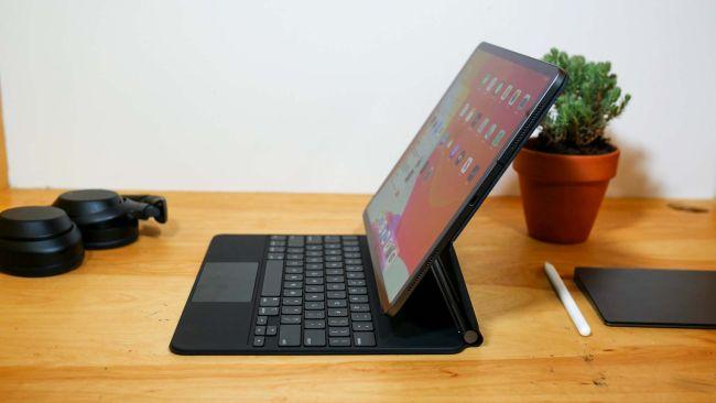 Magic Keyboard для iPad Pro