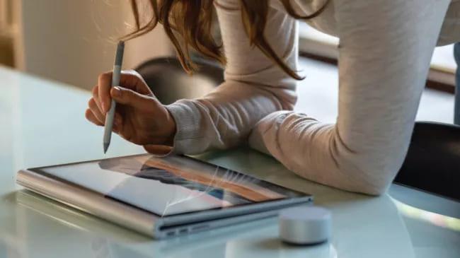 Рекламные изображения Surface Book 3