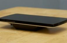 Беспроводная зарядка Nexus 7 2013