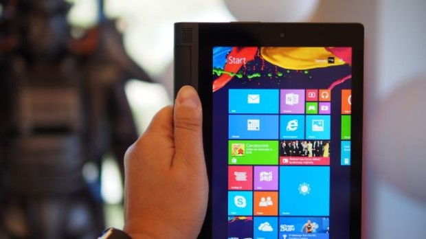 Windows 8 на планшетах Lenovo Yoga Tablet 2