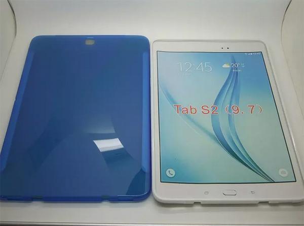 Силиконовые чехлы для планшета Galaxy Tab S2