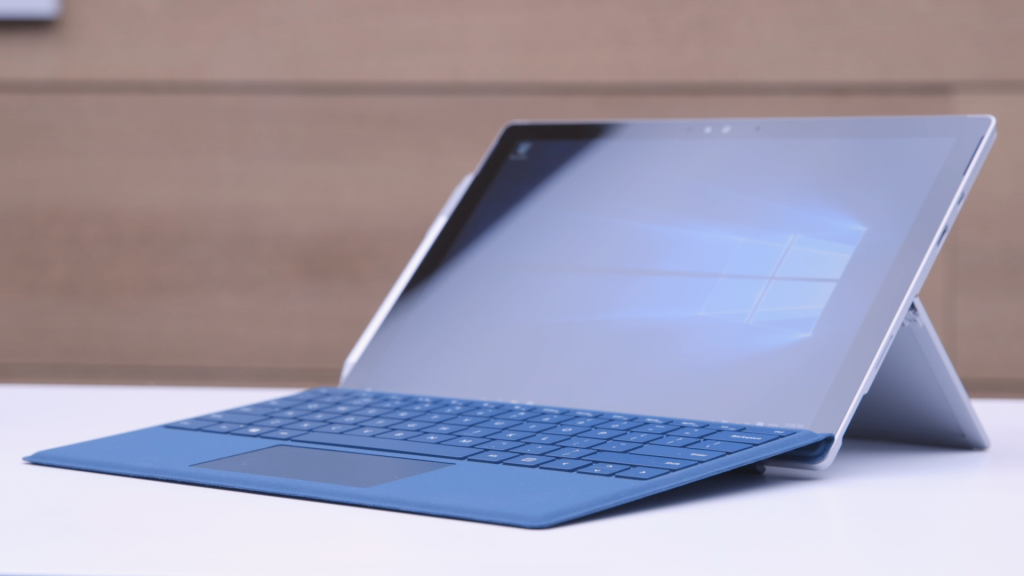 Планшет на Windows 10. Microsoft Surface Pro 4