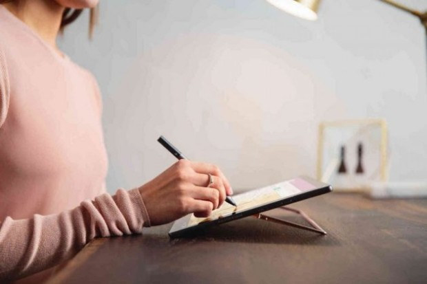 Гибридный планшет HP Spectre x2
