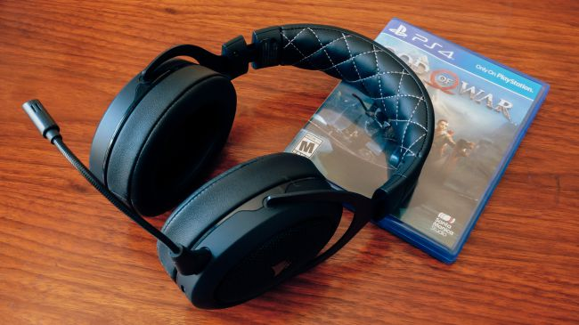 Игровая гарнитура Corsair HS70 Wireless Gaming Headset