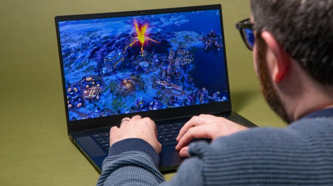 Игровой ноутбук - Razer Blade