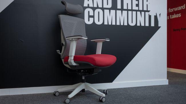 Игровое кресло Autonomous ErgoChair 2.