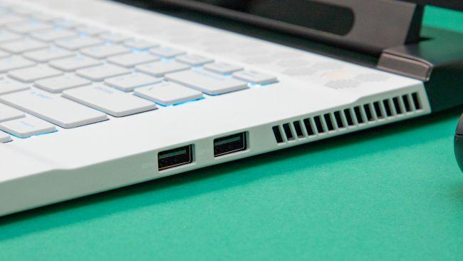 Ноутбук Alienware M15 R2
